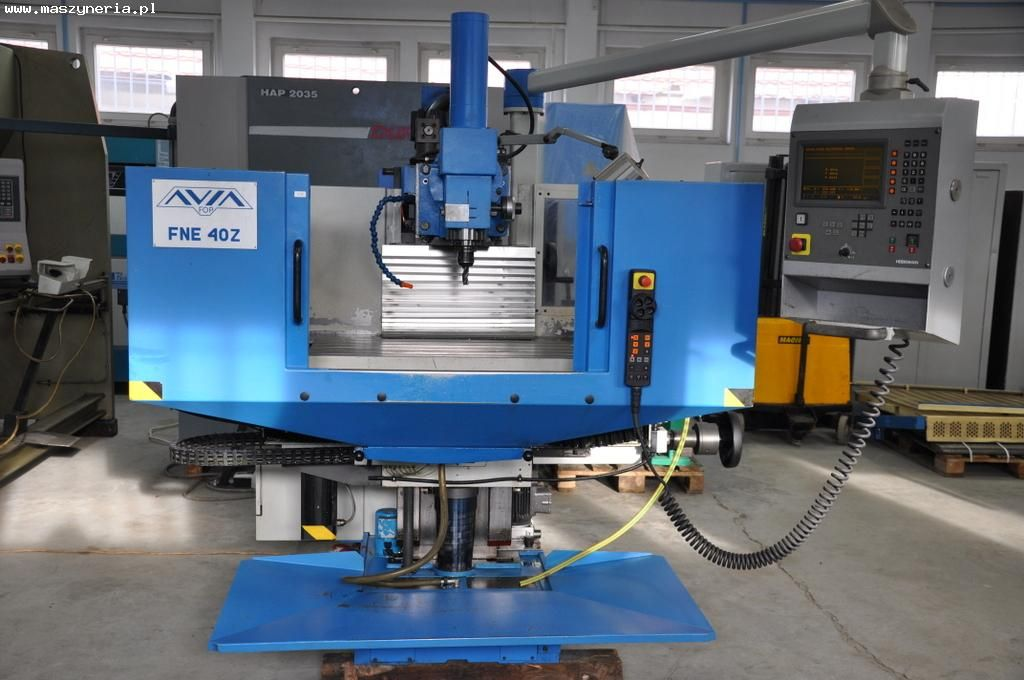 CNC milling machine AVIA FNE 40 Z with Heidenhain TNC 124